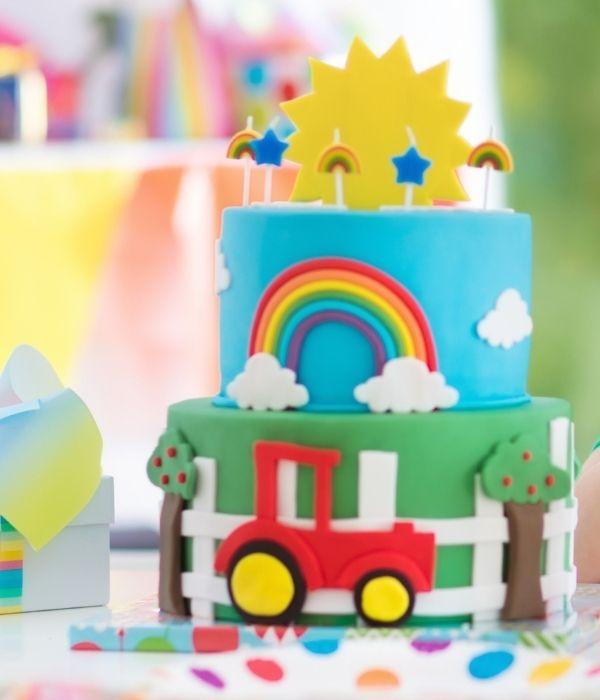 Vaikiški tortai mašinos, motociklai, lėktuvai