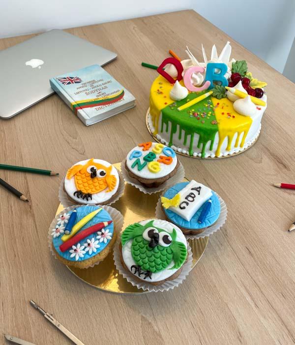 Rugsėjo 1, mokyklų, darželių švenčių tortai