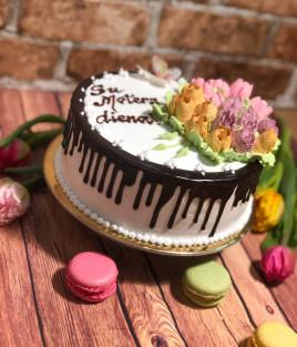 Tortas gėlės