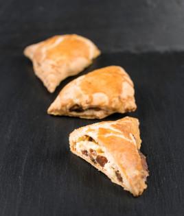 Sausainiai SKARELĖS (su varške ir razinomis)