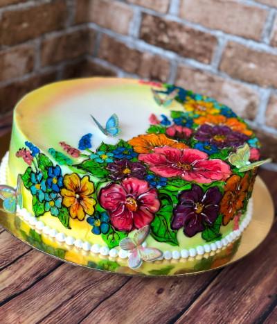 Tortas su gėlėmis
