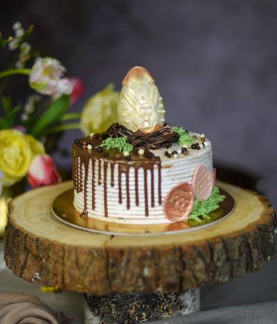 Velykinis tortas margutis