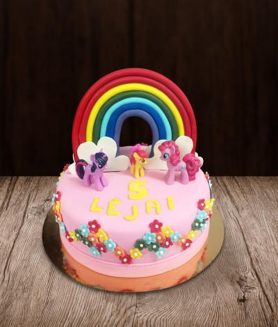 Vaikiškas tortas vaivorykštė su poniais
