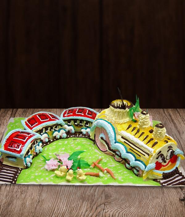 Tortas traukinukas