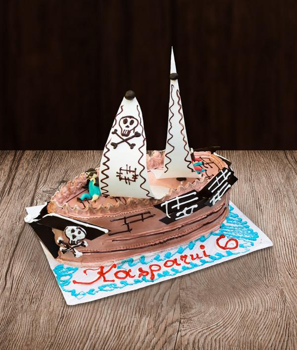 Tortas piratų laivas
