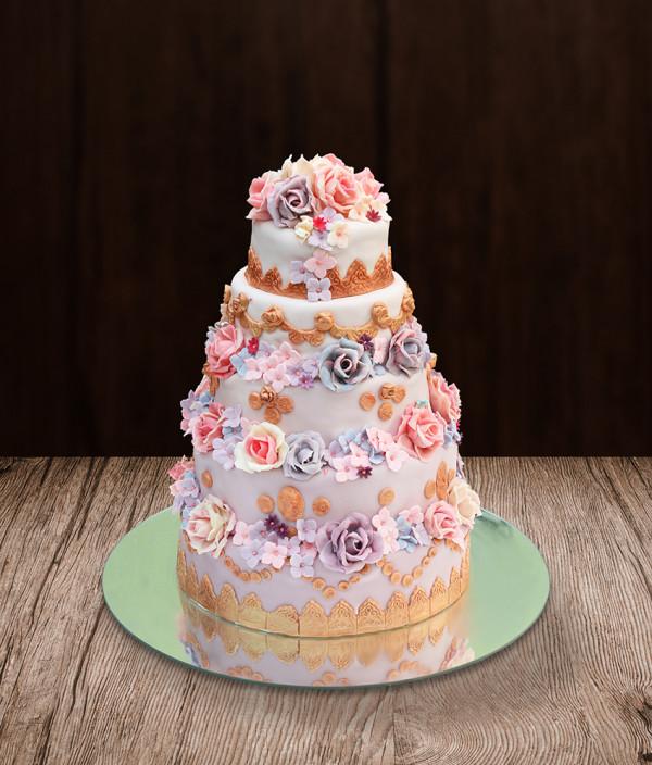Vestuvinis tortas penkių aukštų