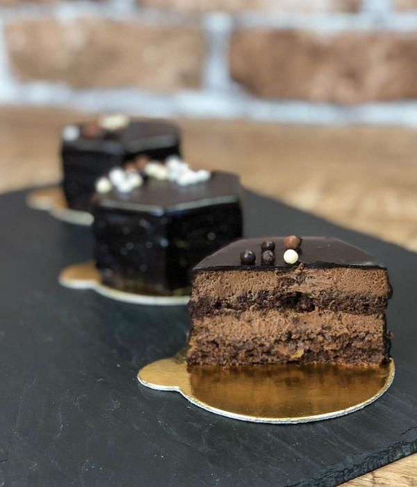 ŠOKOLADINIS pyragaitis