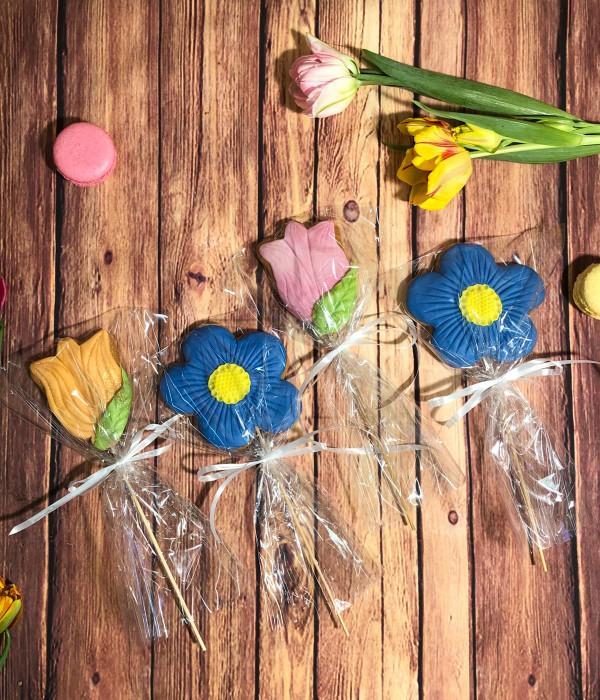 Meduolinės gėlytės ant pagaliuko